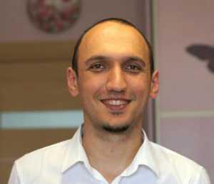 Марат Ахуньянов
